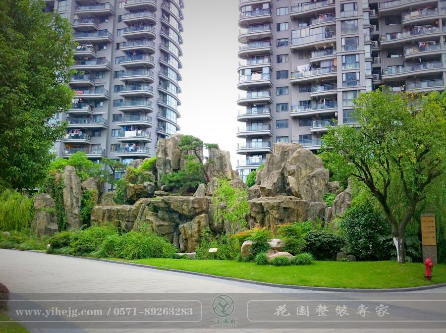枫华府弟塑石假山|小区假山制作|庭院假山锦鲤池施工